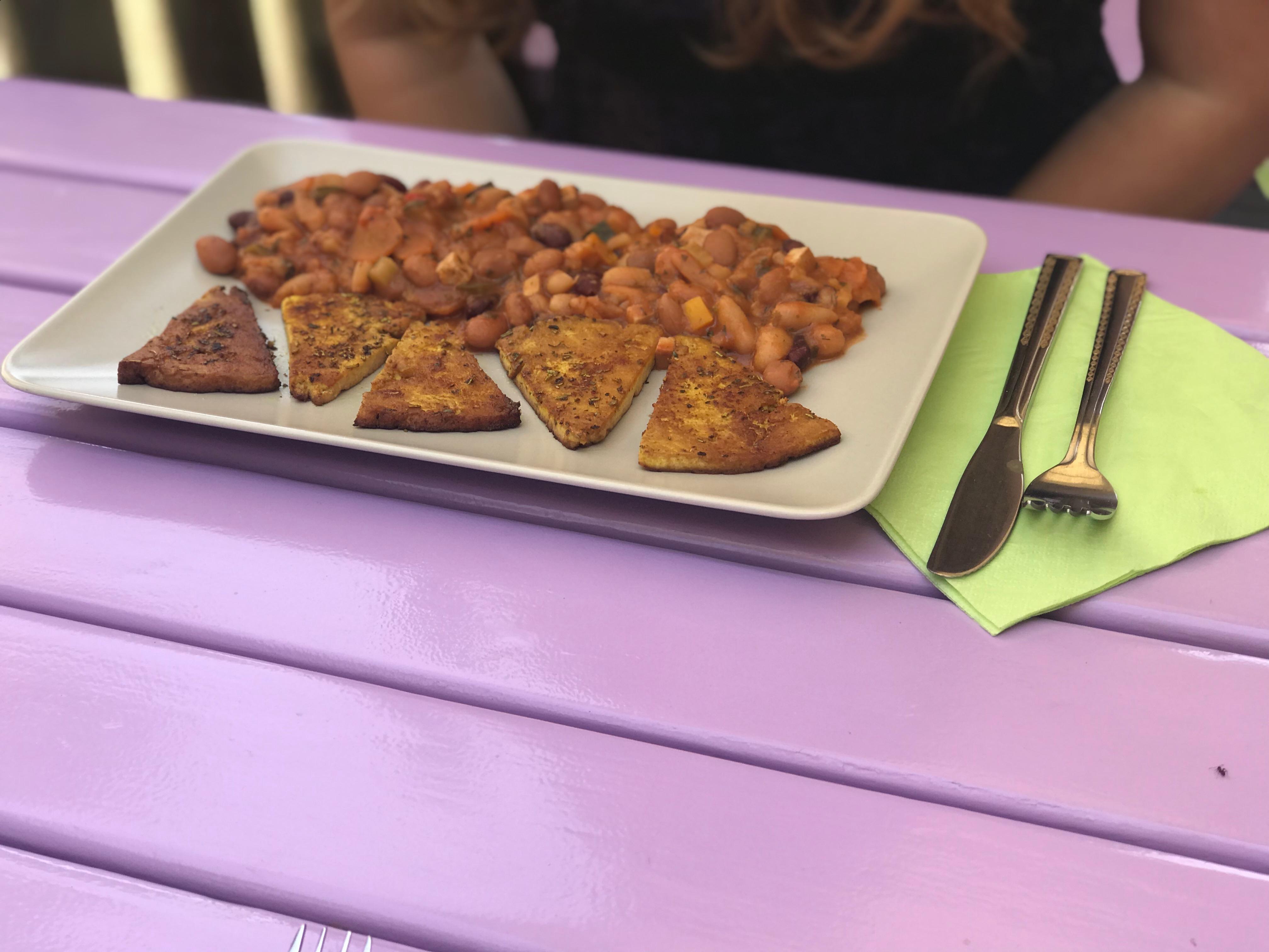 Legumes and tofu